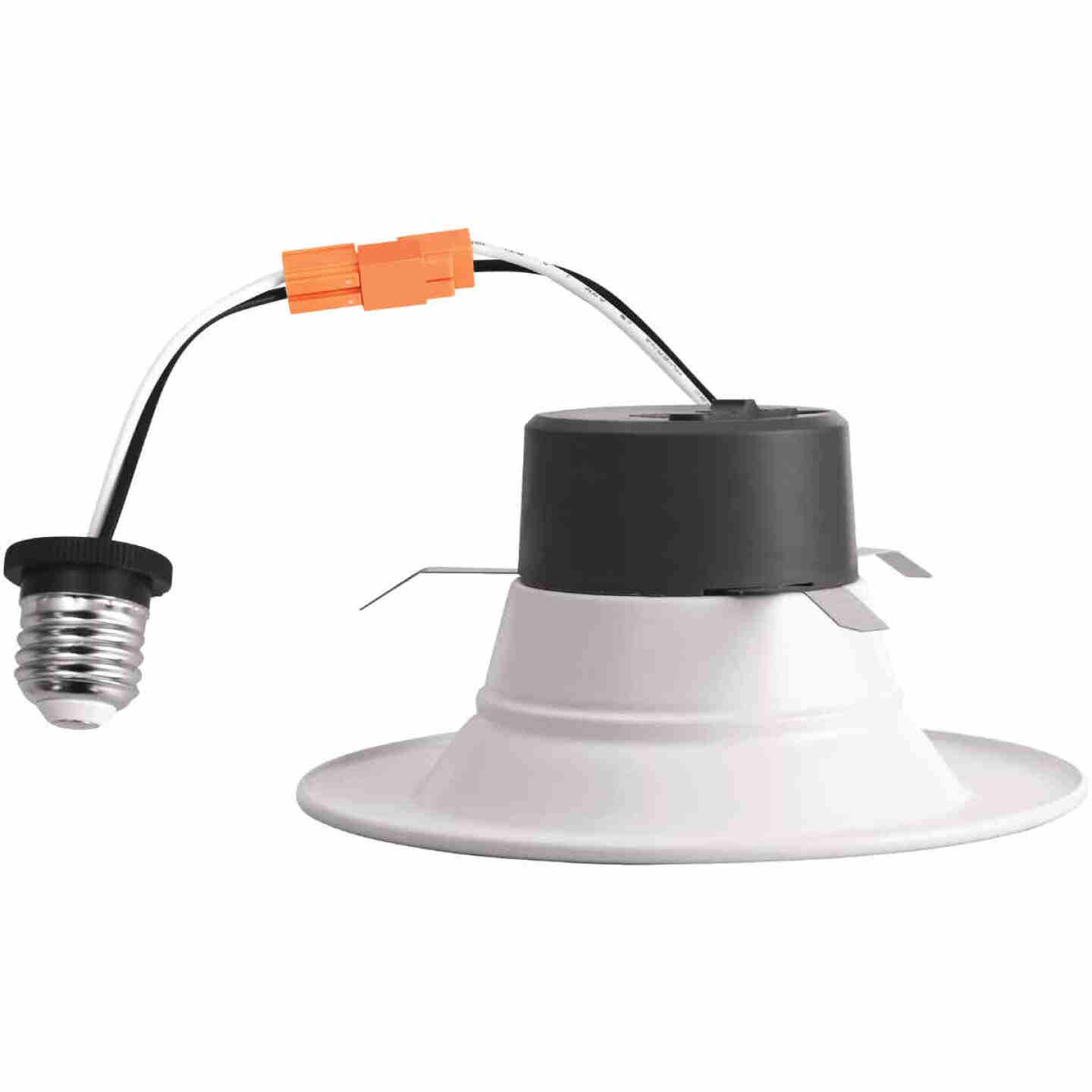 4 In. Retrofit IC Rated White LED CCT Tunable Down Light with Smooth Trim Image 4