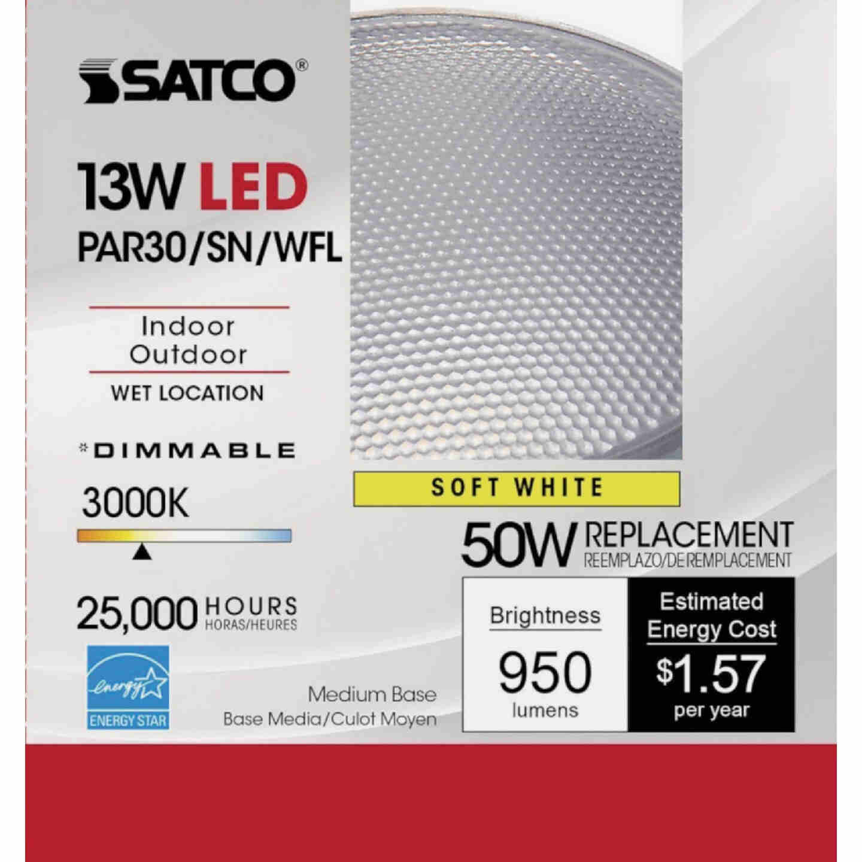 Satco 50W Equivalent Warm White PAR30 Short Neck Medium Dimmable LED Floodlight Light Bulb Image 2